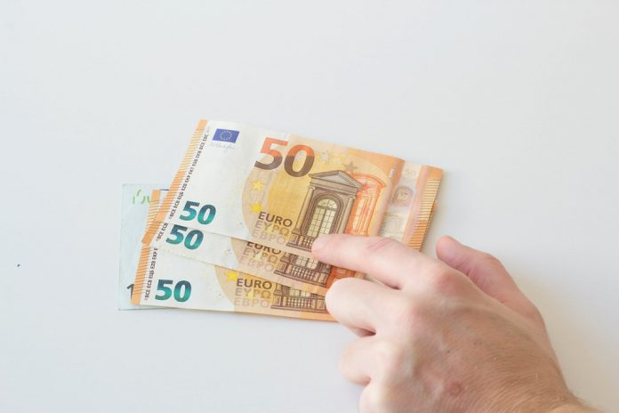 monedas oficiales paises union europea